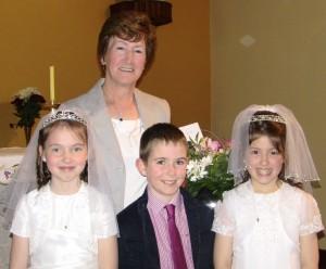 Mrs. Roche with Lorna, Joseph and Megan.