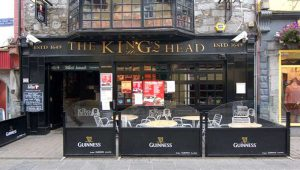 The King's Head pub in Galway.